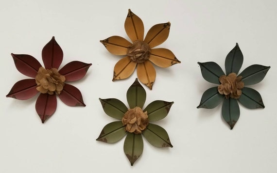 Flower Metal Wall Decor Red Green Yellow AND Blue