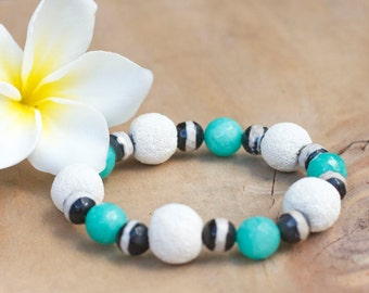 Natural stone green white bracelet, Natural stone jewelry, Beaded bracelet, Stretch Yoga bracelet, Lava rock, Colorful stacking bracelet