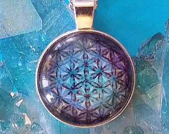 Large SILVER 3D Sacred Geometry Flower of Life PENDANT With Silver Chain and Gift Box