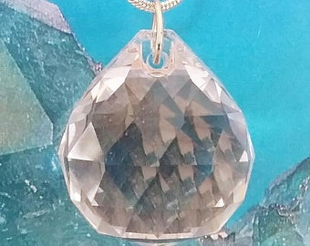 Extra Large Stunning DIAMOND Cut Solid Clear CRYSTAL QUARTZ Pendant With Silver Chain and Gift Box