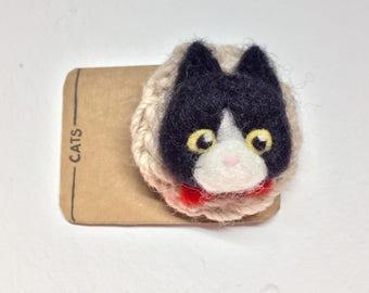 Black & White Cat Felted wool brooch