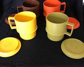 Vintage 70's tupperware travel coffee mugs