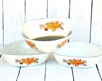 Vintage Soviet White Enamel 4 Bowls with Autumn Leaves Pattern Made in USSR Retro Enamelware  Primitive Rustic Farmhouse Kitchen decor 70s