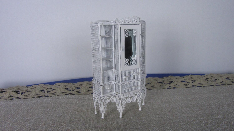 Miniature ?upboard Dollhouse Tiny Fancy Furniture, Dollhouse Furniture Wire Whit