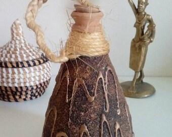 Flasque ethnique, Gourde africaine fait main en céramique , décoration et art africain , pichet, pichet vintage, céramique,poterie africaine