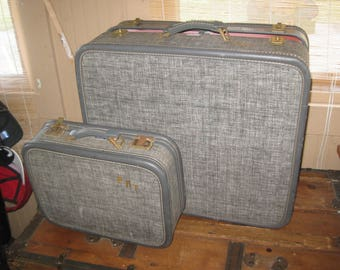 SALE Vintage 70s Retro American Tourister Luggage Set of 2