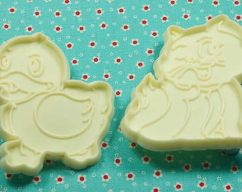 Vintage Collectable Kitten And Duck Plastic Cookie Cutters Hong Kong