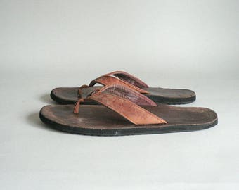 Womens 10 Leather Flipflop Thong Sandal
