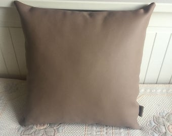 Handmade Faux Leather 35x35cm lightbrown