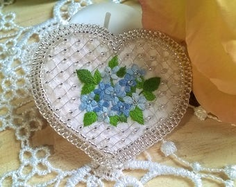 Hand Embroidered brooch - traditional embroidery and beadwork - forget-me-not