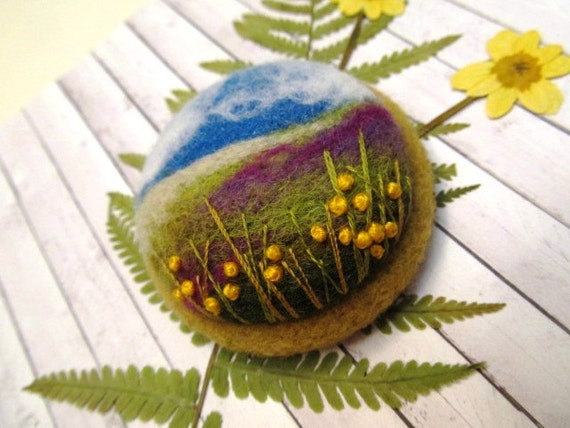 Women gift Needle felted flower brooch Fiber arts Woolen art sweet jewelry Embroidery brooch Natural jewelry colored pin Yellow flower pin