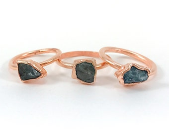 Raw Stone Ring, Apatite Ring, Raw Crystal, Electroformed Ring, Copper Ring, Green Gemstone, Blue Gemstone, Rough, Nugget, Healing, Edgy