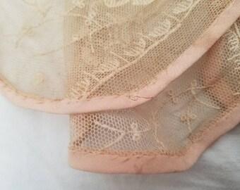 Paris Flea Market - Antique Lace French - Antique Lace - Handmade - Romantic Bedroom  - Passamenterie - French Notions - French Brocante