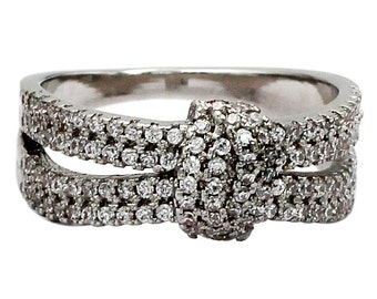 Sparkling crystal knot silver ring