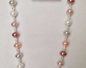 Roundele Shaped Shell Pearl Necklace and Earrings in Shades of Pinky Coral