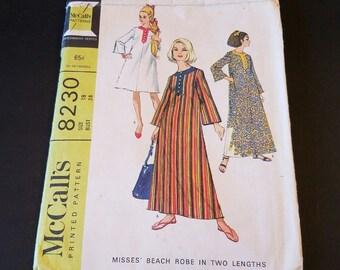 Vintage  mccall's 8230 beach robe caftan pattern in 2 lengths size 18 uncut 1966 VP1