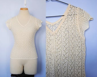 Vintage Crochet Top, 1970s Cream / Ivory Knitted Top -- v neck, cap sleeve, see through, lace, stretchy, 1970s 70s clothing, medium