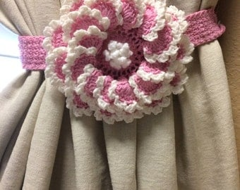 Crochet Curtain Tieback - pink flower - 1 pair