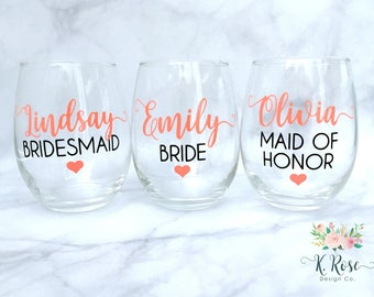 Bridesmaid Wine Glass, Bride Wine Glass, Bridal Party Wine Glasses, Wedding Wine Glasses, Wedding Party Gifts, Bachelorette, Bridal Gifts