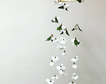 Flower Chandelier Mobile - Ivory