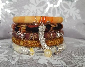 Woman Bracelet, Fabric Bracelet, Wrapped Bracelet, Set Of 5 bangels Bracelet