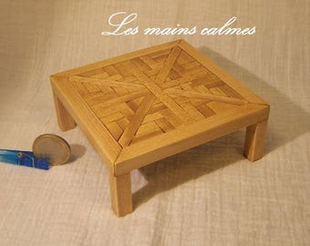 Low square table Miniature 10eme and 12eme