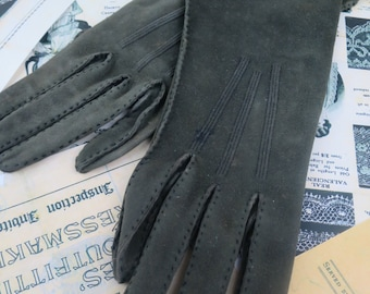 1920's Khaki Green Suede Gloves-  Size 7