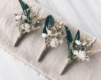 Floral fleur à la boutonnière, boutonnière, boutonnière de garçon d'honneur, mariage Woodland, mariage rustique, boutonnière fiancé, mariages