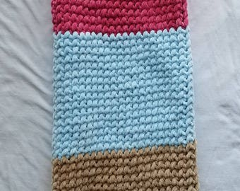 Hand Knitted Child Blanket (3 Colors)