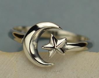 Star Moon Ring Sterling Silver Celestial Boho Adjustable UK Size J K L M N O P 33