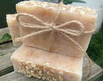 Honey & Oatmeal soap, handmade soap, kind to skin, sensitive skin, SLS-free, paraben-free