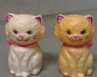 Tan and Beige Cats with Pink Ears Nose and Ties Salt and Pepper Shaker Set