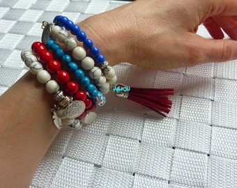 Bracelet with glass beads and metal shape memory