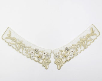 1pair Lace Collar appliques,Hands Embroidery Fake Collar, off white collar lace applique,Embroidery Trims