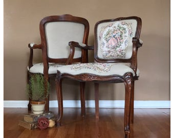 Pair of Upholstered Chairs/Pair of Accent Chairs/Accent Chair/Italian Chairs/Living Room Chairs/Antique Chairs/Formal Chairs/Vintage Chairs