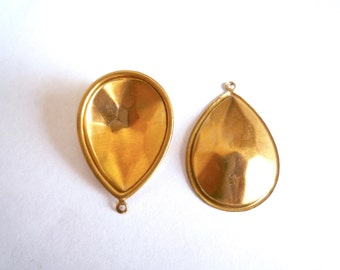 10 brass domed teardrop settings in 24 or 31 mms, Pear shaped setting for resin inlay or glueing stones