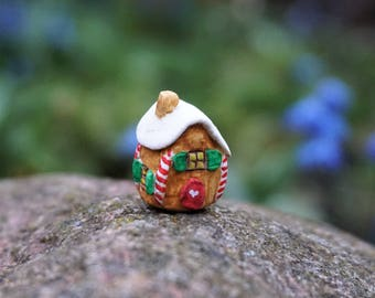Miniature clay gingerbread house, miniature clay house, Christmas decoration, Christmas gift, tiny little miniatures