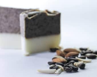Exfoliating soap, moisturizing soap, ETSYFETEQUEBEC17 Amande & coffee SOAP. Exfoliating, moisturizing, soothing, anti-odor