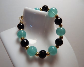 Bacelet Blue & Black Glass beads