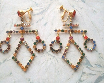Vintage Multi Color Rhinestone Clip on screw back Earrings,Gold tone,large,dangle,Pre-owned,pre-owned,orange,ab,aurora borealis,abstract