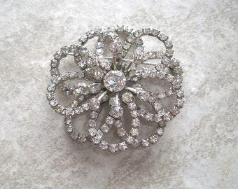 "Vintage Clear Glass Rhinestone Brooch,2"" round,rhinestones,pin,Silver tone,bright,sparkly,flowers,flower,wedding"