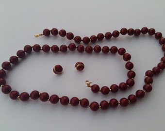 Trifari maroon bead with small gold bead seperators necklace and matching stud earrings set