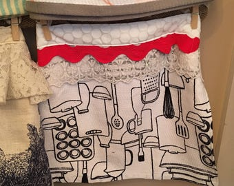 Kitchen Towel Apron Skirt...Wear With or Without Your Favorite Apron
