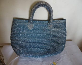Hand bag Tote straw vintage 80's teal color washed, blue cotton inside, zip closure and Interior zippered pocket, purse.