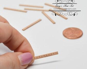 1:12 Dollhouse Miniature Short Ruler/ Miniature Sewing  DI FS510