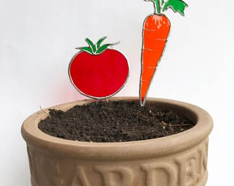 Handmade Carrot & Tomato Stained Glass Decoration/ Garden/ Planter Stake