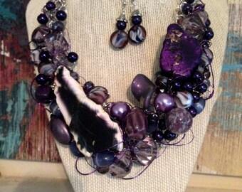The Grapvine Necklace
