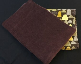 Vintage Corduroy Fabric. 1/2 yd. Brown Corduroy Fabric. Dark Brown Fabric. Needlecord Fabric. Ribcord Fabric. Fine Wale Corduroy Fabric.