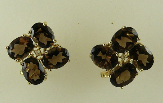 Smokey 8.25 ct Topaz Earrings With 14K Yellow Gold and Diamonds 0.016 ct