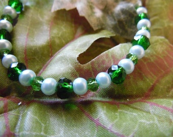 Handmade Beaded Bracelet Green 7 Inches